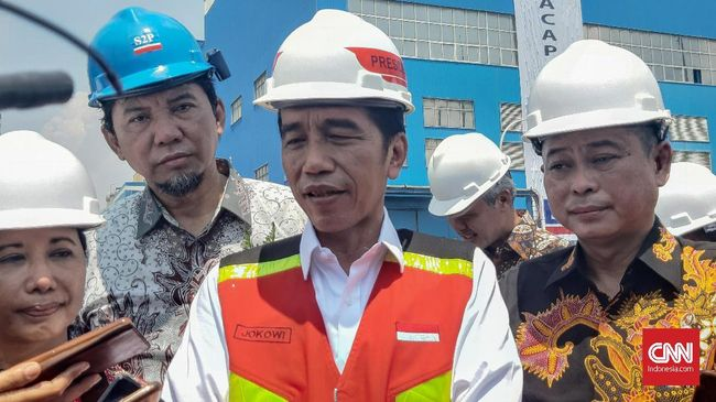 Presiden Joko Widodo (Jokowi) kembali menyinggung soal lahan luas berstatus hak guna usaha (HGU) yang dimiliki oleh segelintir orang.