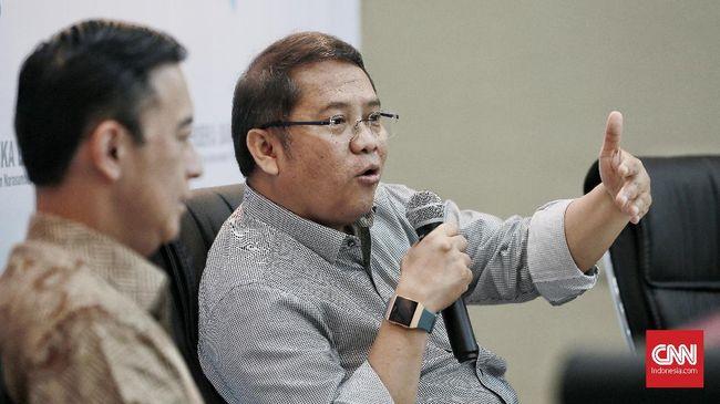 Kemenkominfo mengomentari ancaman yang dilontarkan Wiranto terkait penutupan akun medsos oleh pemerintah.