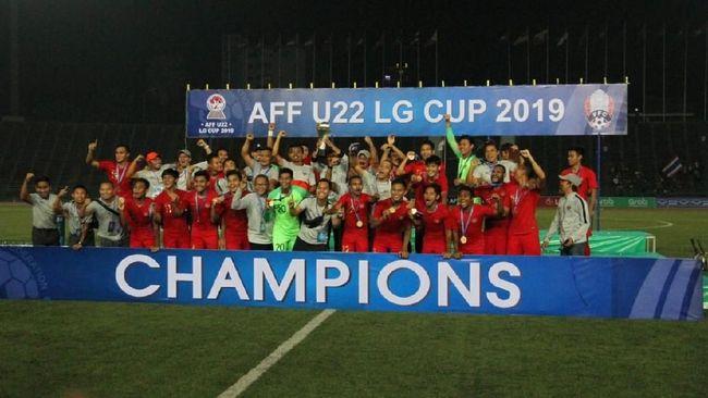 Tanpa mematok target muluk-muluk, Timnas Indonesia U-22 araha Indra Sjafri justru berhasil meraih juara Piala AFF U-22 2019.