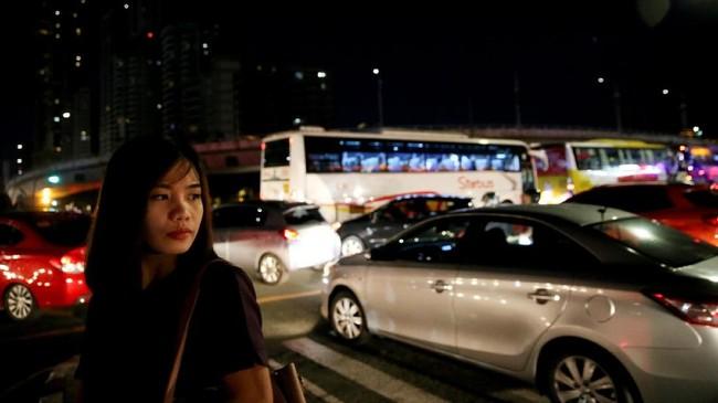 Situasi lalu lintas di kota-Kota besar Filipina, tak jauh berbeda dari Jakarta. Macet yang tak mengenal waktu menjadi santapan sehari-hari.