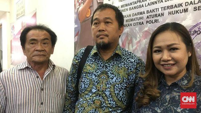 Eks manajer Persibara Banjarnegara Lasmi Indaryani mengaku masih menerima teror dari sejumlah orang karena laporannya terkait kasus pengaturan skor.