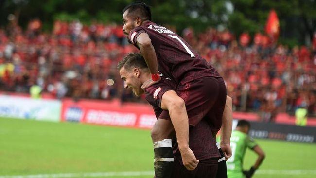 PSM Makassar mengalahkan Lao Toyota FC 3-0 dalam laga terakhir penyisihan Grup H Piala AFC 2019 di Stadion Nasional Laos, Selasa (14/5).