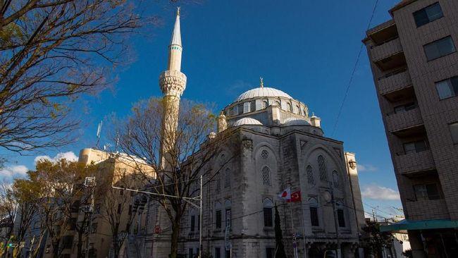 Masjid Tokyo Camii disebut sebagai masjid lokasi pernikahan Syahrini dan Reino Barack di Jepang.