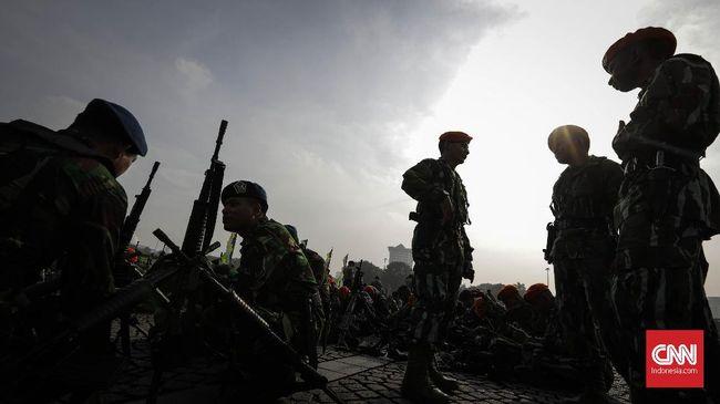 Kecemburuan kesejahteraan dinilai bisa jadi pemicu kericuhan. Prajurit TNI maupun Polri dengan pangkat setara memiliki kesejahteraan yang berbeda.