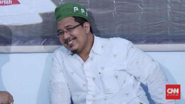 Wafi Maemun Zubaer, putra dari Mbah Moen, memilih mendukung Prabowo karena kecewa dengan kepemimpinan Romahurmuziy di PPP yang haus kekuasaan.