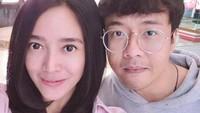 <p>Menikah hampir 14 tahun dan belum diberi momongan bikin Winky Wiryawan dan Kenes Andari makin terlihat mesra. (Foto: Instagram @sweetescape via @winkywiryawan912)</p>