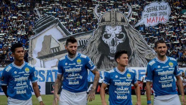 Pertandingan leg pertama perempat final Piala Indonesia 2018 antara Borneo FC melawan Persib Bandung di Stadion Segiri dapat disaksikan melalui live streaming.
