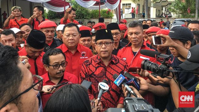 Sekjen PDIP Hasto Kristiyanto mengatakan partainya siap mengikuti aturan main Pilkada Serentak 2020.