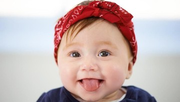 40 Ide Nama Bayi Perempuan Indah dengan Awalan 'Shah'