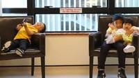 <p>Sabtu (2/3), Ani Yudhoyono yang kini sedang menjalani perawatan karena kanker darah yang diidapnya kedatangan tiga tamu kecil istimewa. Mereka adalah anak Ibas dan Aliya yaitu Airlangga, Sakti, dan si bungsu Gaia. (Foto: Instagram/@ruby_26) </p>