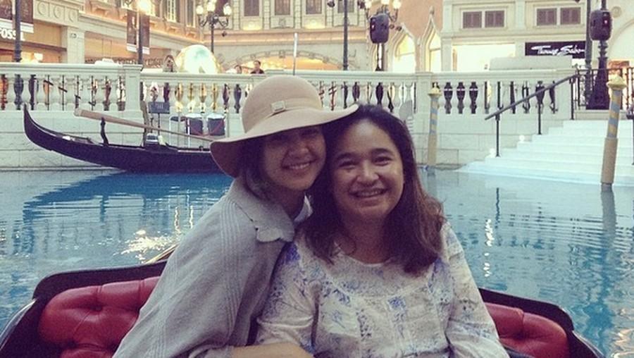 Kalimat Haru Mikha Tambayong untuk Mendiang Ibu soal Kuliahnya