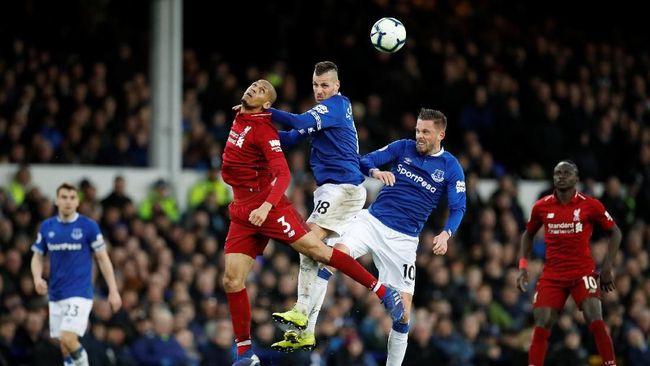 Klasemen Liga Inggris 2018/2019 mengalami perubahan pada Senin (4/3) waktu Indonesia barat setelah tiga laga berlangsung, termasuk duel Everton dan Liverpool.