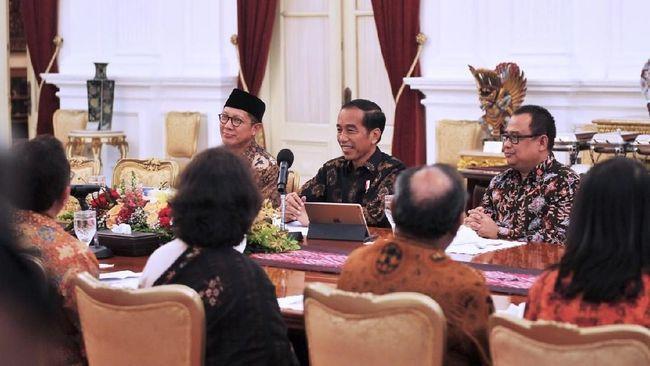 PGI juga meminta pemerintah mengedepankan pendekatan kultural dalam menyelesaikan masalah-masalah yang terjadi di Papua.