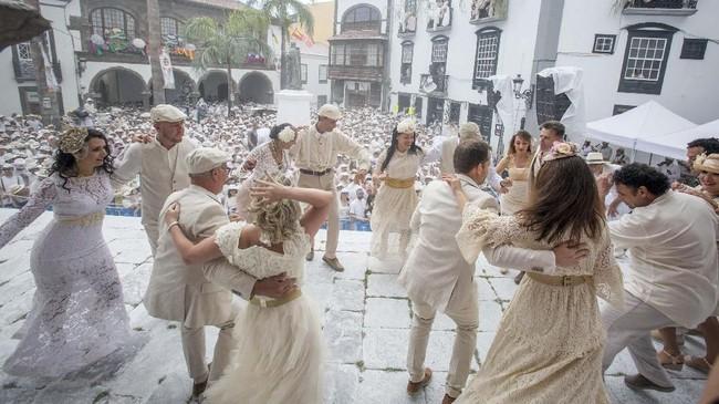 Mempunyai sejarah panjang di abad ke-19, Festival Los Indianos dirayakan besar-besaran di Pulau La Palma sebagai bentuk keberhasilan mengubah nasib.