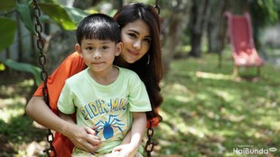 Cerita Juliana Moechtar Selamat dari Kecelakaan di Tol