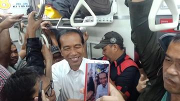 Ajari Anak Kesederhanaan ala Presiden Jokowi, Santai Naik KRL