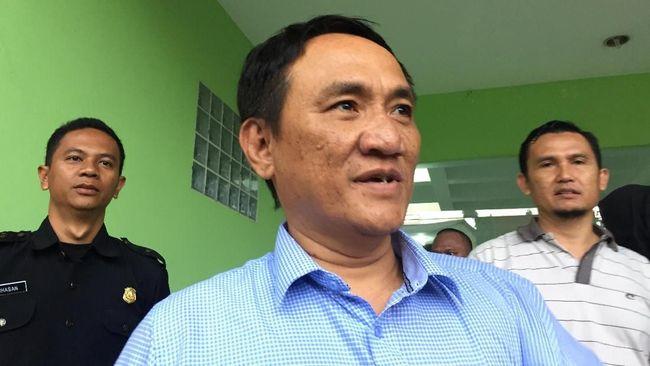 Wasekjen Partai Demokrat Andi Arief mengatakan pertemuan Agus Harimurti Yudhoyono-Jokowi bisa mengilhami Prabowo Subianto dalam menyikapi perbedaan politik.
