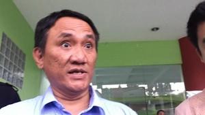 Andi Arief: Yusril Bangun Fiksi Tentang AD/ART Demokrat