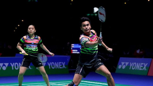 Dua ganda campuran Indonesia, Tontowi Ahmad/Winny Oktavina Kandow dan Hafiz Faizal/Gloria Emmanuele Widjaja melaju ke perempat final India Terbuka 2019.