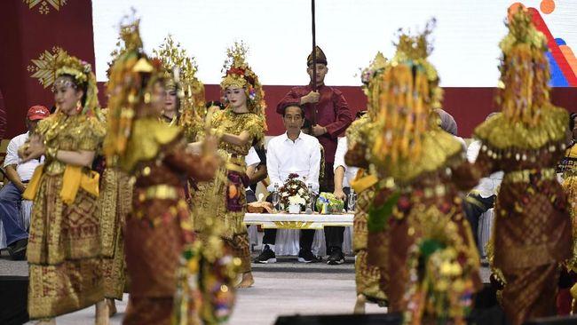 Menurut capres petahana Jokowi, mengelola pemerintahan Indonesia yang mencakup wilayah besar dan jumlah rakyat hingga ratusasn juta itu tak mudah.