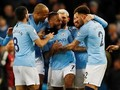 Sterling Hattrick, Manchester City Kalahkan Watford 3-1