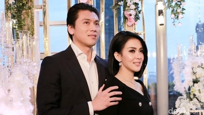 Kilas Balik Perjalanan Cinta 'Syahreino' yang Menarik Bunda Ketahui