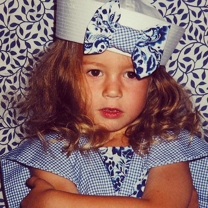 Sukses memerankan tokoh superhero Captain Marvel, ternyata Brie Larson adalah anak yang imut sewaktu kecil.