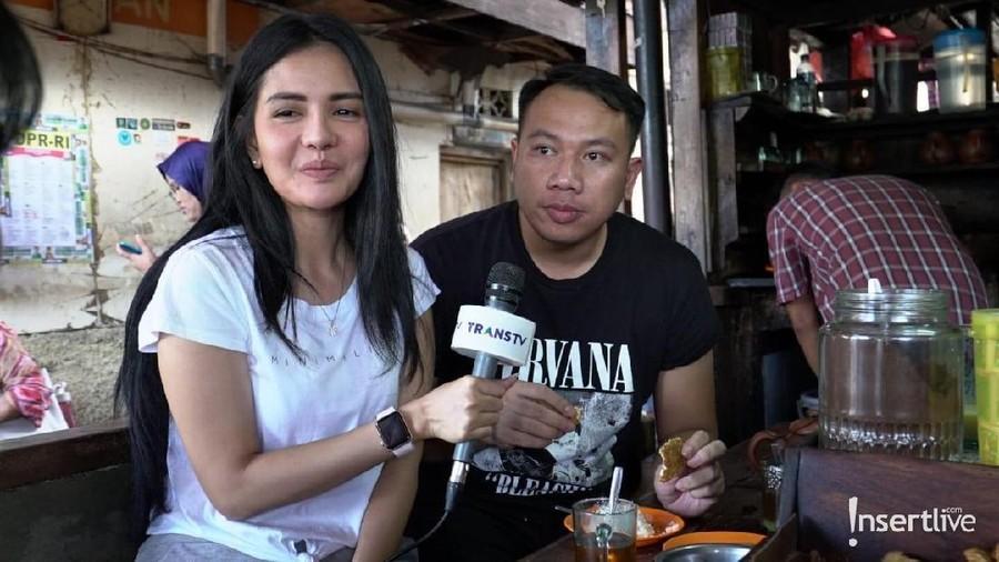 Kebohongan di Balik Kisah Cinta Vicky Prasetyo dan Anggia Chan