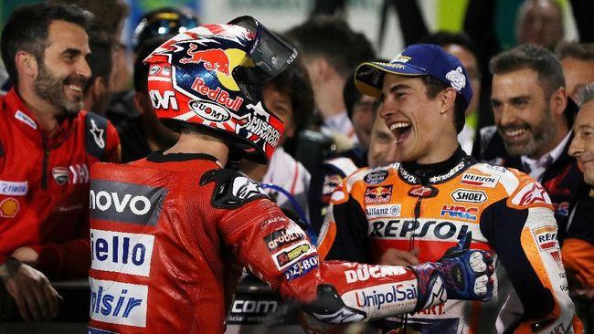Marc Marquez menganggap kemampuan Andrea Dovizioso semakin meningkat dan dapat menjadi ancaman serius dalam perebutan gelar juara MotoGP 2019.