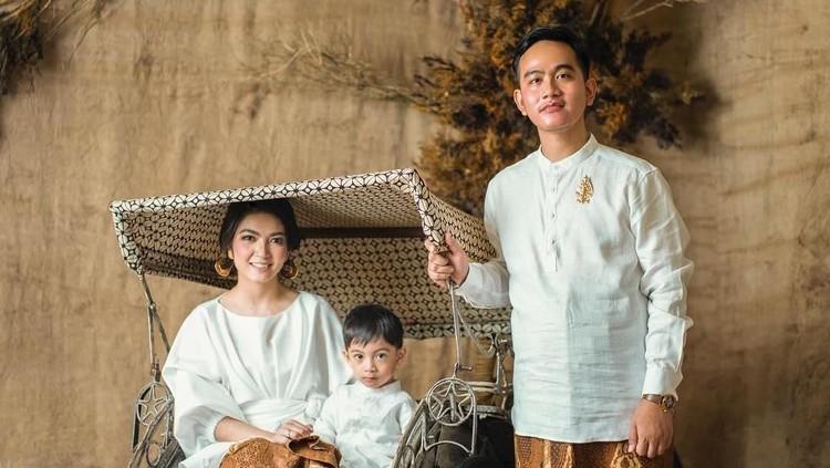 Selamat, menantu Presiden Jokowi, Selvi Ananda tengah mengandung anak kedua.