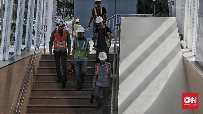 MRT Jakarta resmi memulai operasional terbatas hari ini, Selasa (12/3). Diperkirakan total 4 ribu penumpang diangkut pada operasional perdananya.