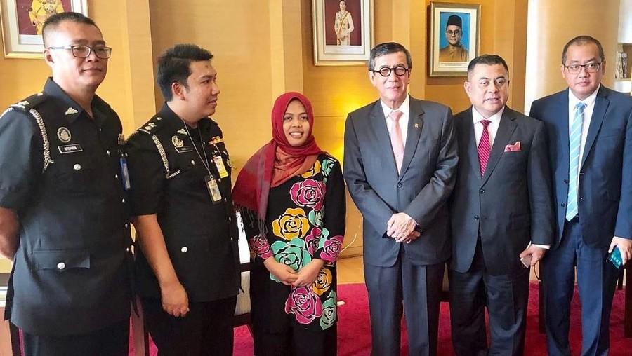 Bebas Bersyarat, Siti Aisyah Pulang ke Tanah Air