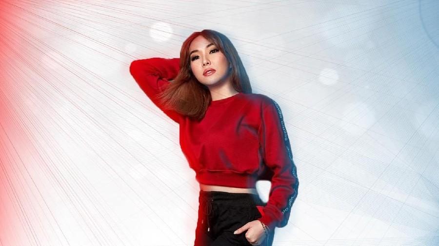 Unggah Video Dance Pakai Baju Seksi, Gisel: Aku Pakai Celana Ya