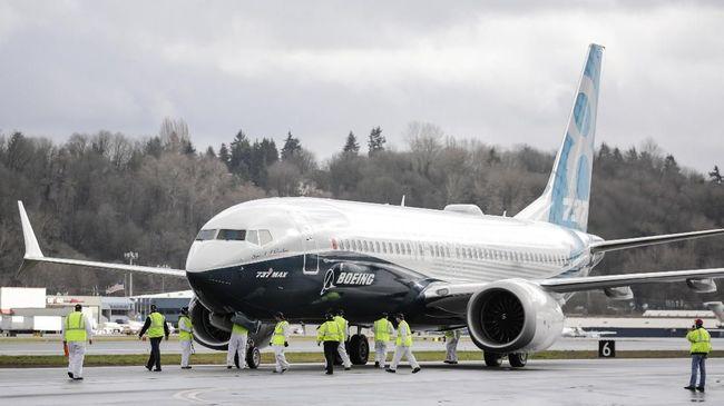 Produsen pesawat, Boeing, disebut hampir mengantongi izin terbang 737 Max yang saat ini dikandangkan (grounded).