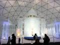 VIDEO: Indahnya Replika Gereja Es di Slovakia