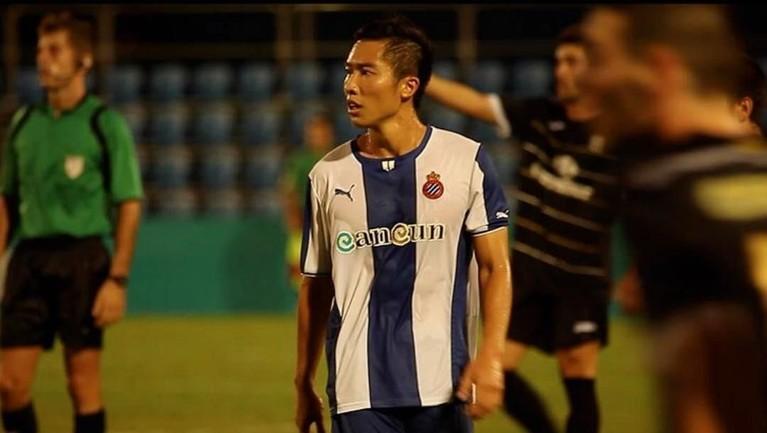 Arthur Irawan pernah berseragam Espanyol B dan Malaga B hingga Waasland-Beveren yang kala itu berkompetisi di Belgian Pro League, kini Arthur merumput di Persija Jakarta.