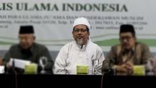 Deret Kritik Ustaz Tengku Zulkarnain pada Rezim