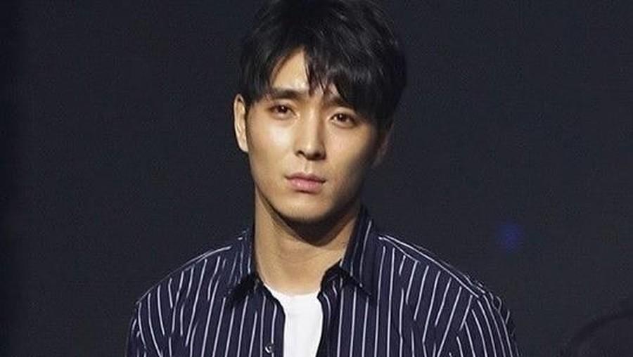 Susul Seungri, Choi Jong Hoon Putuskan Pensiun Jadi Idol