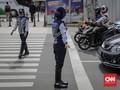Pembatasan Usia Mobil, Anies Diminta Berani Juga Tindak Motor