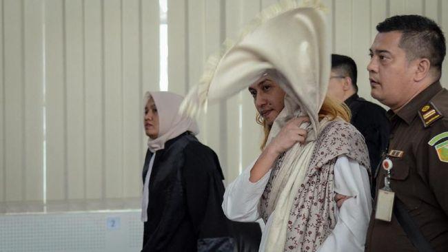 Bahar bin Smith terbukti bersalah dalam kasus penganiayaan. Ia divonis tiga tahun penjara dan denda Rp50 juta subsider satu bulan.