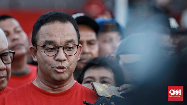 Anies tak bicara banyak soal anggota TGUPP yang jadi tim kuasa hukum Prabowo dalam sengketa pemilu di MK. Dia hanya menyatakan itu hak warga negara.