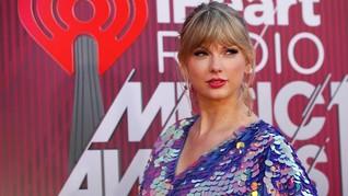 Taylor Swift Pakai Rok Karya Desainer Indonesia di Klip 'ME!'