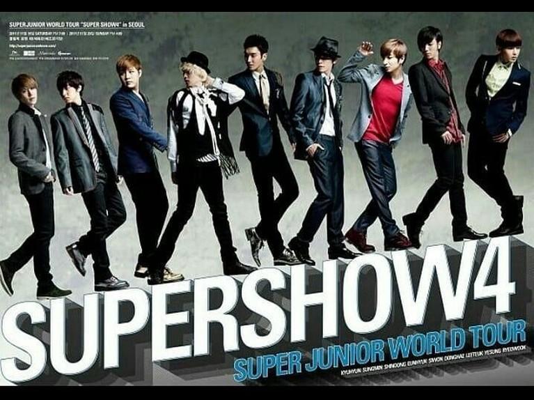 Super Show 4. Tampil di delapan negara, konser dunia pertama ini sempat memecahkan rekor dengan penonton terbanyak di Thailand. Super Junior mampu menarik hingga 40.000 penonton dalam konser tersebut.