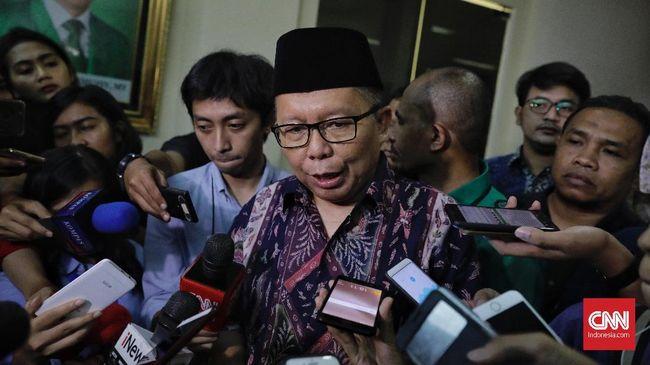 Sekjen Partai Persatuan Pembangunan (PPP) Arsul Sani memberikan keterangan pada wartawan. Jakarta, Sabtu, 16 Maret 2019.  CNNIndonesia/Adhi Wicaksono.