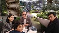 <p>Adjani, putra sulungnya bersekolah di Auckland, sedangkan Tantowi dan keluarga tinggal di Wellington. (Foto: Instagram @tantowiyahyaofficial)</p>