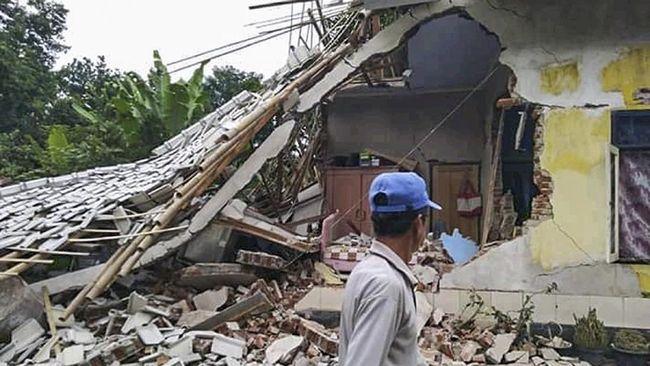 Gempa Lombok Picu Longsor 40 Orang Terjebak Dua Tewas