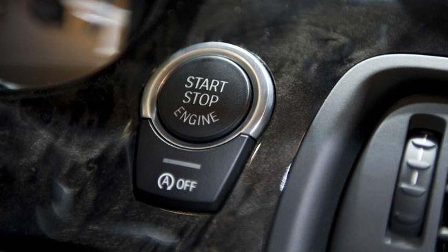 Fungsi dari teknologi tersebut bisa dirasakan ketika mobil terjebak kemacetan atau di traffic light, yang bertujuan menghemat konsumsi bahan bakar kendaraan.