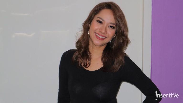 Bunga Citra Lestari. Memulai kariernya 1997, perempuan yang akrab disapa BCL ini menjelma sebagai penyanyi paling sukses di Tanah Air. BCL juga melebarkan sayapnya di kancah International seperti ketika ia berduet dengan Christian Bautista.