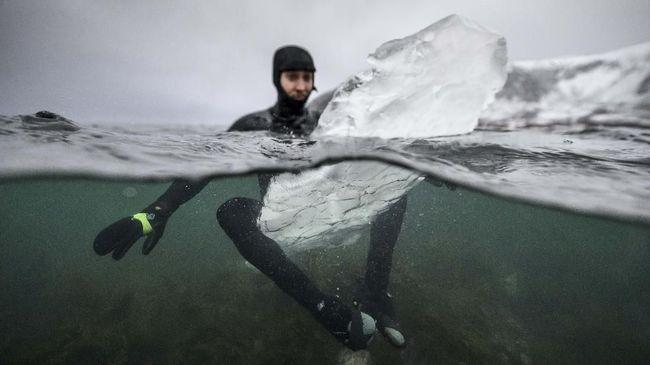 Peneliti di Eropa mengungkapkan adanya pencairan lapisan es yang meningkat pesat di Greenland dan Antartika.