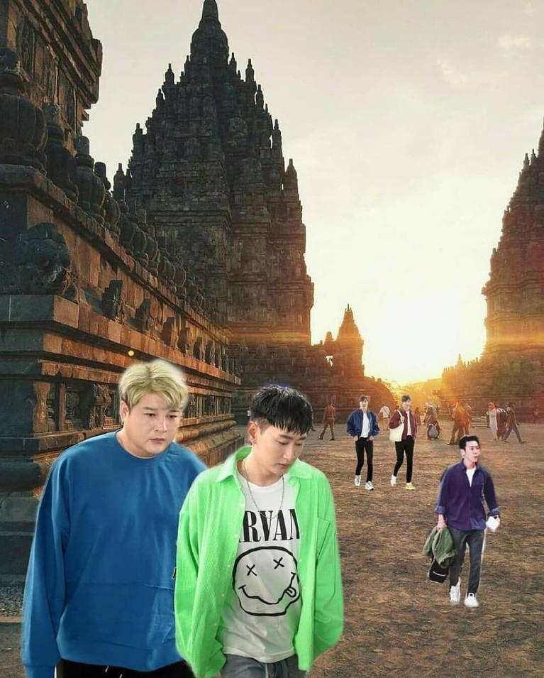 Lalu, ada pula meme yang memperlihatkan semua personel Super Junior dan TVXQ saat berkunjung ke Candi Prambanan.